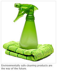 green cleaning spray