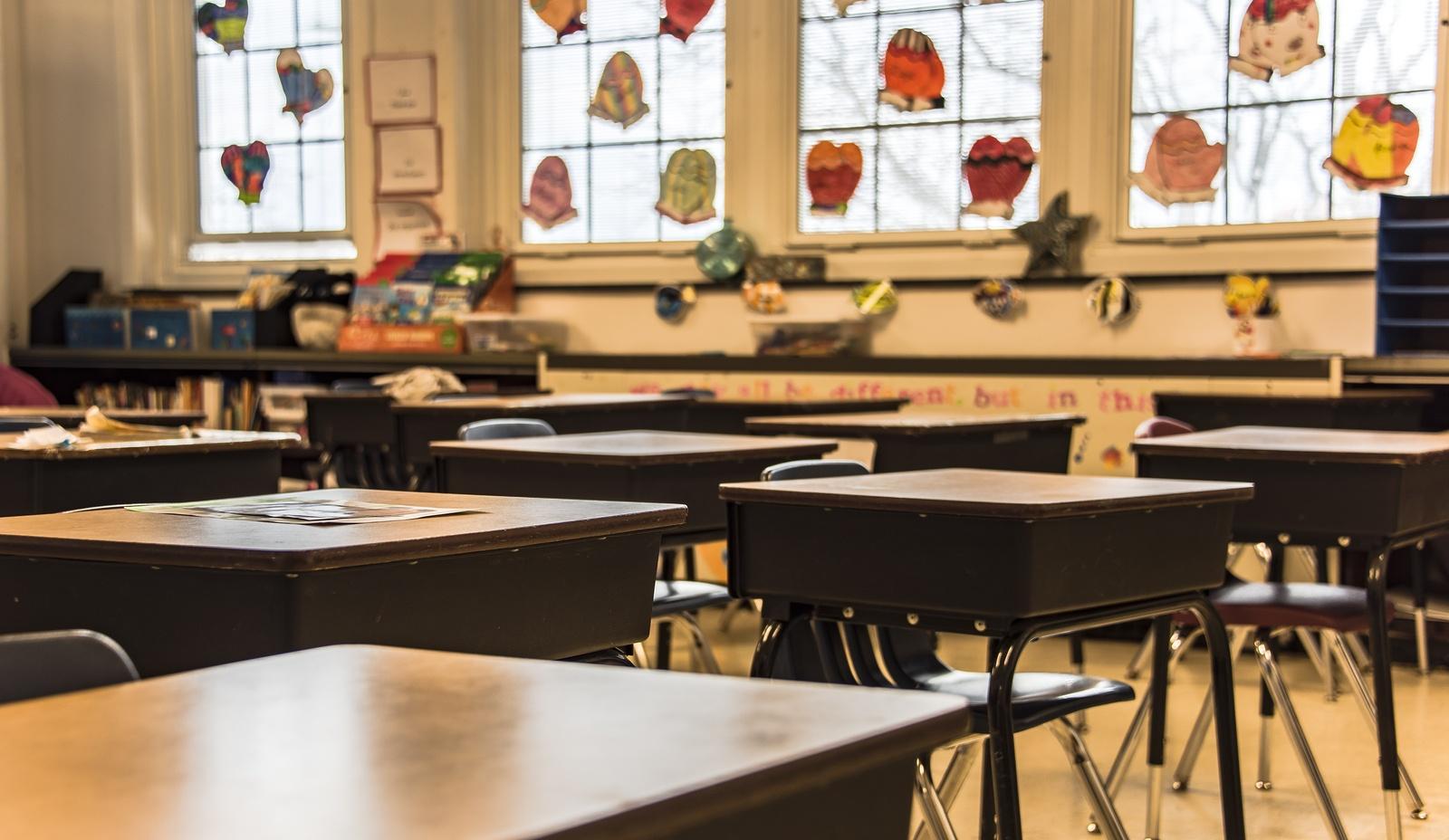 detroit school cleaning, livonia school cleaning, dearborn school cleaning, downriver school cleaning, farmington school cleaning